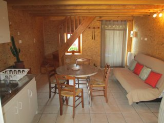 Romantic 1 bedroom Issoire House with Internet Access - Issoire vacation rentals
