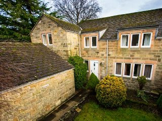 4 bedroom House with Internet Access in Rowsley - Rowsley vacation rentals