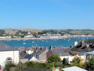2 bedroom House with Water Views in Appledore - Appledore vacation rentals