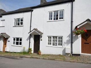 Charming 2 bedroom House in Buckland Monachorum with Internet Access - Buckland Monachorum vacation rentals