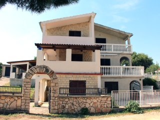 Holiday House in Tisno Near Festival Site TP11A1 - Tisno vacation rentals