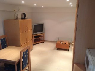 Apartment für 2 Personen, 5 Gehminuten vom Bahnhof - Hennef vacation rentals
