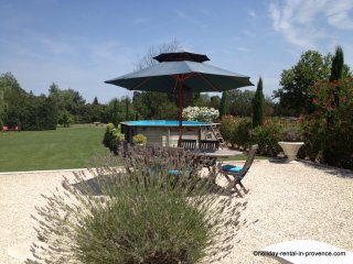 Country cottage large private garden & pool - Saint-Remy-de-Provence vacation rentals