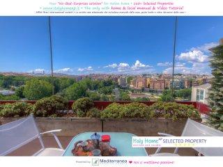 Trastevere Apt Balcony ☼ Wood FlooringWi-FiHeating aircoSan Camillo-Forlanini - Rome vacation rentals