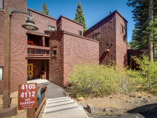 Ski-in/ski-out at this dog-friendly condo w/shared pool/hot tub/sauna! - Truckee vacation rentals