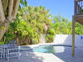 3 bedroom House with Deck in Holmes Beach - Holmes Beach vacation rentals