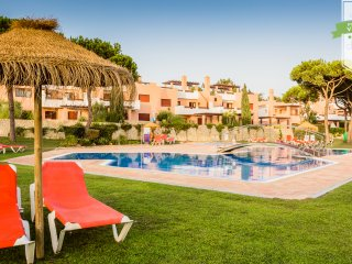 Beautiful Condo with A/C and Television - Vilamoura vacation rentals