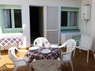 2026-POETA MARQUINA Apartamento con 4 dormitorios - Roses vacation rentals
