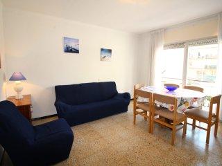 2025-POETA MARQUINA Apartamento con 3 dormitorios - Roses vacation rentals