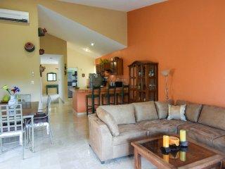 CHAC HA PLAYACAR PHASE II, incl beach club card - Playa del Carmen vacation rentals