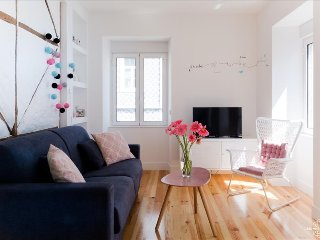Sweet and cozy 2 bedrooms´ apartment with terrace - Lisboa vacation rentals