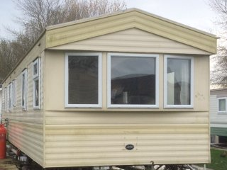 Lovely Caravan/mobile home with Game Room and Children's Pool - Skegness vacation rentals