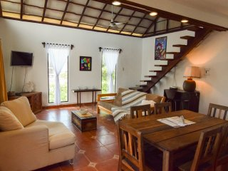 Awesome PH, great neighborhood near Coco Beach - Playa del Carmen vacation rentals