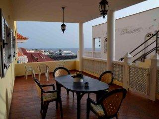 Sea apartment in La Cale Adeje - La Caleta vacation rentals