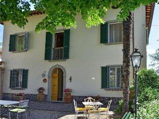4 bedroom Villa in Corazzano, Tuscany, San Miniato, Italy : ref 2372909 - Corazzano vacation rentals