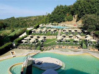 4 bedroom Apartment in Sorano, Tuscany, Italy : ref 2374249 - Sorano vacation rentals
