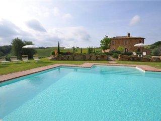 5 bedroom Villa in Montefollonico, Tuscany, Montepulciano, Italy : ref 2373059 - Montefollonico vacation rentals