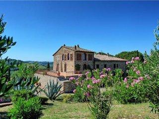 5 bedroom Villa in Montespertoli, Tuscany, Italy : ref 2373077 - Montespertoli vacation rentals