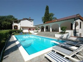 5 bedroom Villa in Santa Maria a Monte, Tuscany, Italy : ref 2373216 - Santa Maria a Monte vacation rentals