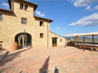 4 bedroom Villa in Tavarnelle Val Di Pesa, Tuscany, Barberino Val d  Elsa, Italy : ref 2373360 - Tavarnelle Val di Pesa vacation rentals