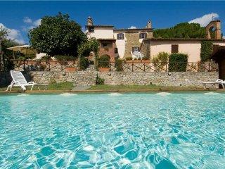 4 bedroom Villa in Agello, Umbria, Italy : ref 2373777 - Agello vacation rentals