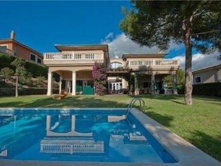3 bedroom Villa in Cala Vinyes, Mallorca, Cala Vinyes, Mallorca : ref 2373849 - Sol de Mallorca vacation rentals