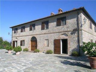 7 bedroom Villa in Ville Di Corsano, Tuscany, Italy : ref 2374069 - Ville di Corsano vacation rentals