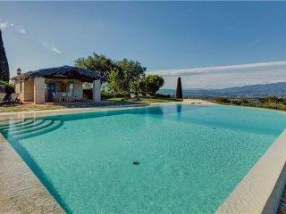 4 bedroom Villa in Arezzo, Tuscany, Arezzo, Italy : ref 2374501 - Arezzo vacation rentals