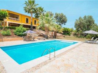 4 bedroom Villa in Selva, Mallorca, Selva, Mallorca : ref 2374862 - Selva vacation rentals