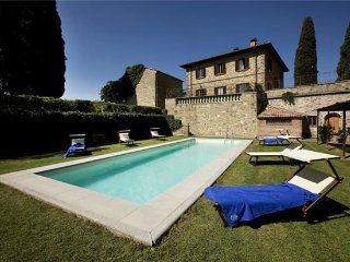 7 bedroom Villa in Pontassieve, Tuscany, Florence, Italy : ref 2375100 - Pontassieve vacation rentals