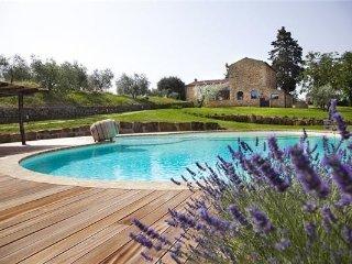 6 bedroom Villa in Poggibonsi, Tuscany, Poggibonsi, Italy : ref 2375195 - Poggibonsi vacation rentals