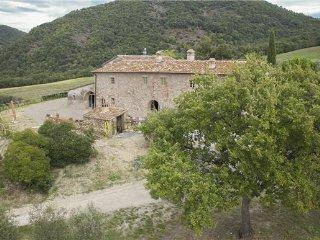9 bedroom Villa in Volterra, Tuscany, Volterra, Italy : ref 2375125 - Volterra vacation rentals