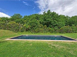 7 bedroom Villa in Sarteano, Tuscany, Italy : ref 2375368 - Sarteano vacation rentals