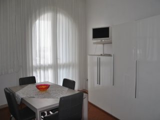 Bright 1 bedroom Misano Adriatico Condo with Television - Misano Adriatico vacation rentals