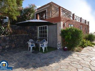 Finca La Tosca Studio, 2 persons - Guia de Isora vacation rentals