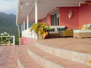 Villa Castelet: Your dream vacation awaits you! - Old Town vacation rentals