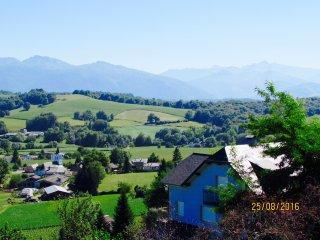 Appartement avec Vue Panoramique, Jacuzzi, Sauna - Estialescq vacation rentals