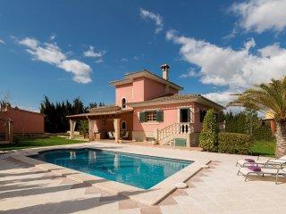 4 bedroom Villa with Internet Access in Biniali - Biniali vacation rentals