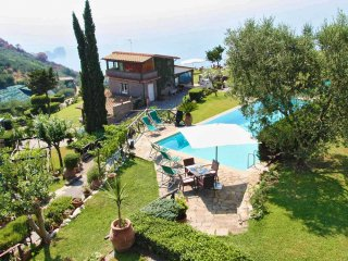 Beautiful 12 bedroom Vacation Rental in Sorrento - Sorrento vacation rentals