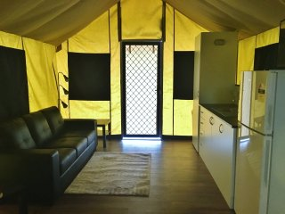Safari Tent - Promhills Cabins - Yanakie vacation rentals