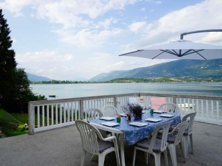 House on the shores of the lake du Bourget, Savoie - Conjux vacation rentals