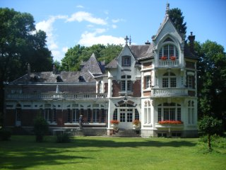 Beautiful Chateau with Internet Access and Satellite Or Cable TV - Saint-Quentin vacation rentals