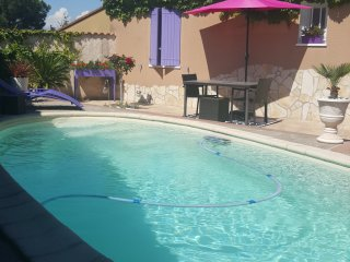 Nice House with Internet Access and Garage - Chateauneuf-les-Martigues vacation rentals