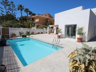 Cozy 3 bedroom Valencian Country Villa with Internet Access - Valencian Country vacation rentals