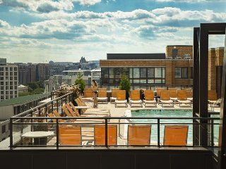 Contemporary DC Condo in Mount Vernon - 5 Minutes walk from  Convention Center - Washington DC vacation rentals