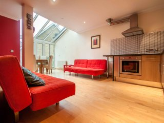 Luxury Bluewater Holiday Combo Red & Brown Suites - Greenhithe vacation rentals