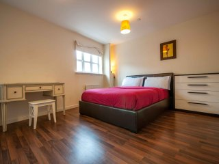 Luxury Bluewater Holiday Opal Brown Suite - Greenhithe vacation rentals