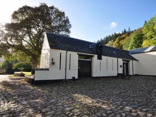 2 bedroom House with Internet Access in Glenmoriston - Glenmoriston vacation rentals