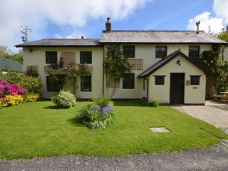 4 bedroom House with Internet Access in Bittadon - Bittadon vacation rentals