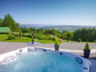 Nice House with Internet Access and Hot Tub - Lewiston vacation rentals